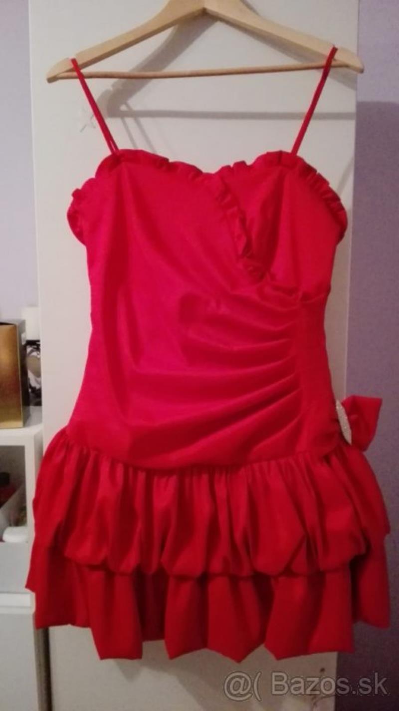 29d3bd063f9e Predám spoločenské šaty